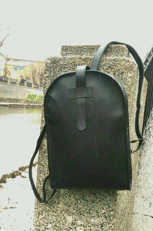"""Рюкзаки ручной работы. Ярмарка Мастеров - ручная работа. Купить Кожаный рюкзак """"Классик"""". Handmade. Черный, рюкзак, рюкзак женский"""