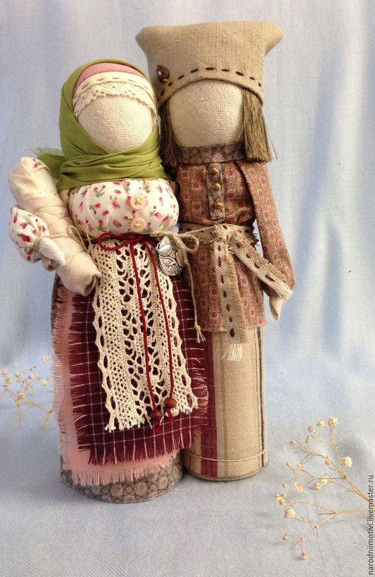 Народные куклы ручной работы, кукла-оберег  Неразлучники, оберег для семьи, оберег на счастье, подарок на свадьбу, оберег на любовь, авторская кукла, русский стиль,  бордовый, зеленый, молочный