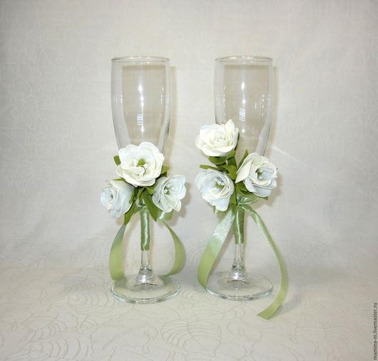 Свадебные бокалы `Белая эустома`. Свадебные аксессуары ручной работы. МамиНа мастерская. Ярмарка мастеров.
