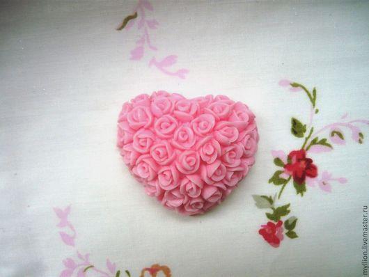 """Мыло ручной работы. Ярмарка Мастеров - ручная работа. Купить Мыло """"Сердце из роз"""". Handmade. Мыло ручной работы, роза"""