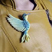 """Украшения ручной работы. Ярмарка Мастеров - ручная работа Брошь птица  """"Лимонная бирюза"""" в подарок для  девушки, женщины. Handmade."""