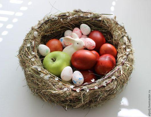 Подарки на Пасху ручной работы. Ярмарка Мастеров - ручная работа. Купить гнездо пасхальное. Handmade. Пасха, гнездышко для яиц, солома
