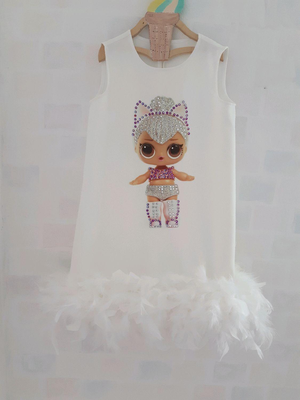 Одежда для девочек, ручной работы. Ярмарка Мастеров - ручная работа. Купить Нарядное платье для девочки с принтом кукла ЛОЛ с перьями фемилилук. Handmade.