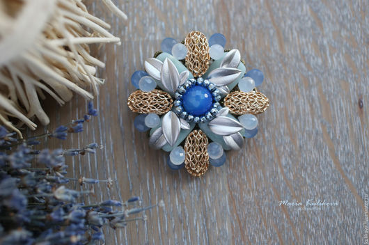 """Броши ручной работы. Ярмарка Мастеров - ручная работа. Купить """"Голубые мечты"""" брошь. Handmade. Голубой, брошка с камнями"""