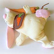 Куклы и игрушки ручной работы. Ярмарка Мастеров - ручная работа Зайка с морковкой. Handmade.