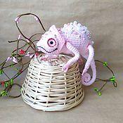 Куклы и игрушки handmade. Livemaster - original item Knitted toy chameleon. Handmade.