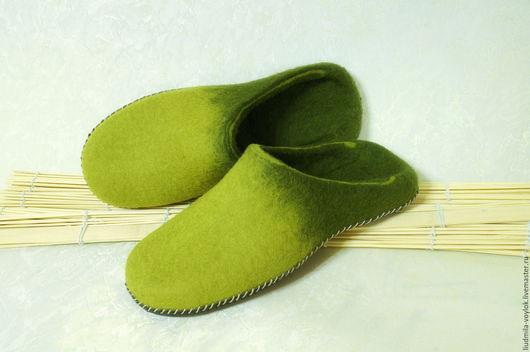 """Обувь ручной работы. Ярмарка Мастеров - ручная работа. Купить Валяные тапочки """"Лесные пределы"""". Handmade. Обувь ручной работы"""