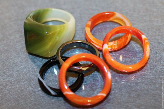 Красивые кольца из разных минералов на любой вкус!  Цена и размер под каждым отдельным фото.