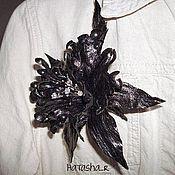 Брошь-булавка ручной работы. Ярмарка Мастеров - ручная работа Брошь Орхидея из кожи. Handmade.
