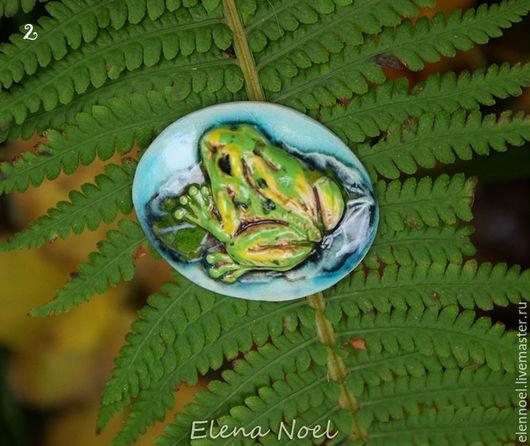 Для украшений ручной работы. Ярмарка Мастеров - ручная работа. Купить Зеленая Лягушка Керамический кабошон с расплавленным стеклом. Handmade.