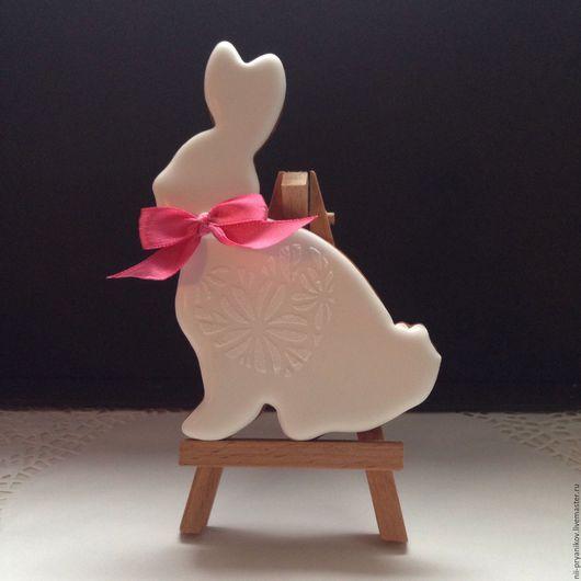 Кулинарные сувениры ручной работы. Ярмарка Мастеров - ручная работа. Купить Пасхальный заяц с бантиком. Handmade. Комбинированный, имбирные пряники