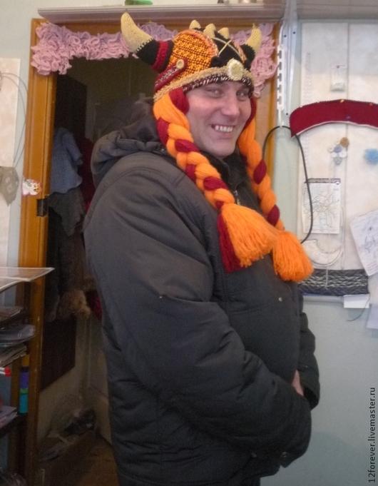 Шапки ручной работы. Ярмарка Мастеров - ручная работа. Купить Шапка  - шлем Викинга вязаный. Handmade. Абстрактный, лыжник