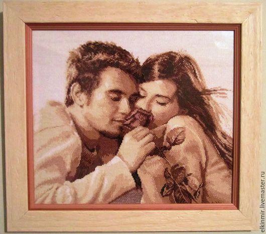 """Люди, ручной работы. Ярмарка Мастеров - ручная работа. Купить Картина вышитая крестиком """"Влюблённые"""". Handmade. Коричневый, люди, канва"""