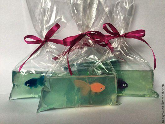 """Мыло ручной работы. Ярмарка Мастеров - ручная работа. Купить Мыло """"Рыбка в пакете"""" - подарок ребёнку, девушке, коллеге на 8 Марта. Handmade."""