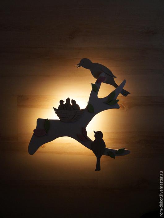 """Детская ручной работы. Ярмарка Мастеров - ручная работа. Купить Беспроводное бра для детей """"Под луной"""". Handmade. Белый, птицы"""