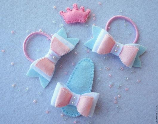 Детская бижутерия ручной работы. Ярмарка Мастеров - ручная работа. Купить Комплект из резинок для волос и заколки с бантиками Моя принцесса. Handmade.