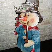 Куклы и игрушки ручной работы. Ярмарка Мастеров - ручная работа Кукла. Снеговик с трубкой (в бирюзово). Handmade.