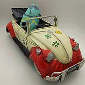 """Скульптуры ручной работы. Ярмарка Мастеров - ручная работа Ретро-модель автомобиля """"Фольксваген Жук"""" (№8329). Handmade."""