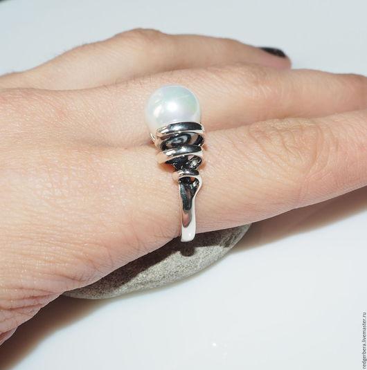 """Кольца ручной работы. Ярмарка Мастеров - ручная работа. Купить Серебряное кольцо """"Spring"""" жемчуг, серебро 925 пробы. Handmade."""