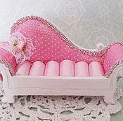 Куклы и игрушки ручной работы. Ярмарка Мастеров - ручная работа Диванчик для кукол. Handmade.