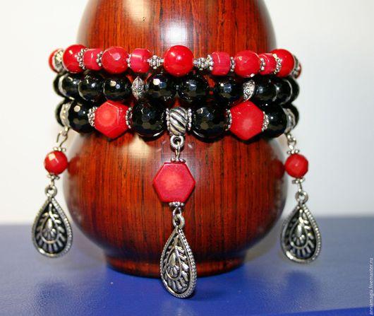 Браслеты ручной работы. Ярмарка Мастеров - ручная работа. Купить Браслет красное и черное из натуральных камней. Handmade. Ярко-красный