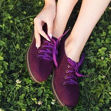 Обувь ручной работы. Ярмарка Мастеров - ручная работа Туфли женские валяные Спелая слива. Handmade.