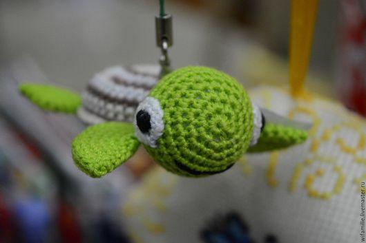 Игрушки животные, ручной работы. Ярмарка Мастеров - ручная работа. Купить Брелок Черепаха. Handmade. Зеленый, черепашка, Вязание крючком