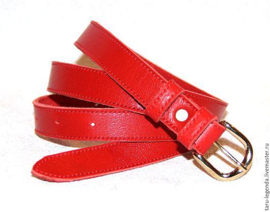 Пояса, ремни ручной работы. Ярмарка Мастеров - ручная работа. Купить Ремень кожаный женский, ярко-красный. Handmade.