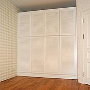 Для дома и интерьера ручной работы. Ярмарка Мастеров - ручная работа Шкаф белый с жалюзийными фасадами. Handmade.