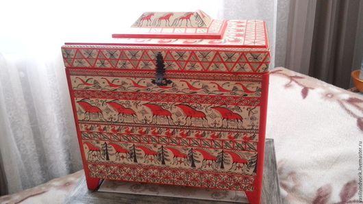"""Мебель ручной работы. Ярмарка Мастеров - ручная работа. Купить Сундук - """"Мезенский ларец"""". Handmade. Ярко-красный, из дерева, воск"""