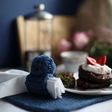 Для дома и интерьера ручной работы. Ярмарка Мастеров - ручная работа Вязаный набор для сервировки с льняными салфетками и дорожкой. Handmade.