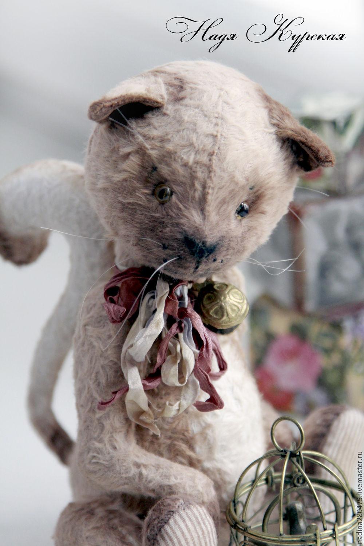 Коты и работа-картинка