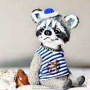 Куклы и игрушки ручной работы. Ярмарка Мастеров - ручная работа енот Морячок, коллекционная игрушка енот Енотик. Handmade.