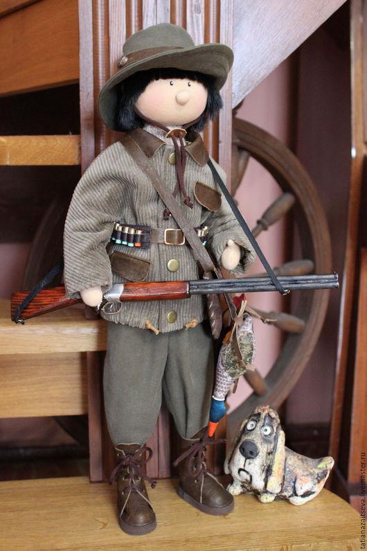 Коллекционные куклы ручной работы. Ярмарка Мастеров - ручная работа. Купить Интерьерная текстильная кукла Охотник. Handmade. Хаки