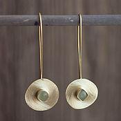 Украшения ручной работы. Ярмарка Мастеров - ручная работа Крупные серьги из латуни с нефритами. Handmade.