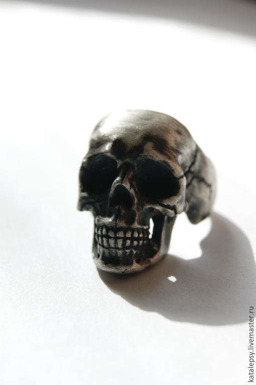 """Кольца ручной работы. Ярмарка Мастеров - ручная работа. Купить Массивный перстень """"Череп"""". Handmade. Серебряный, кольцо с черепом"""