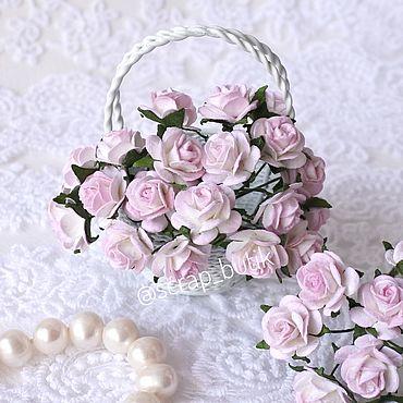 Цветы и флористика. Ярмарка Мастеров - ручная работа Бумажные розы 1,5 см Белые розовые кончики Цветы для скрапбукинга. Handmade.