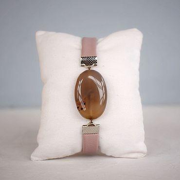 Украшения ручной работы. Ярмарка Мастеров - ручная работа Талисман с кварцем браслет на руку из эко кожи. Handmade.