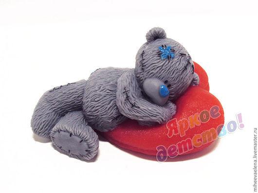 """Мыло ручной работы. Ярмарка Мастеров - ручная работа. Купить Мыло """"Мишка на сердечной подушке"""". Handmade. Мишка"""