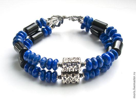 Мужской браслет из серебра и лазурита. Серебряный мужской браслет из натуральных камней на две нити, натурального природного лазурита, красивого синего цвета и черного оникса.