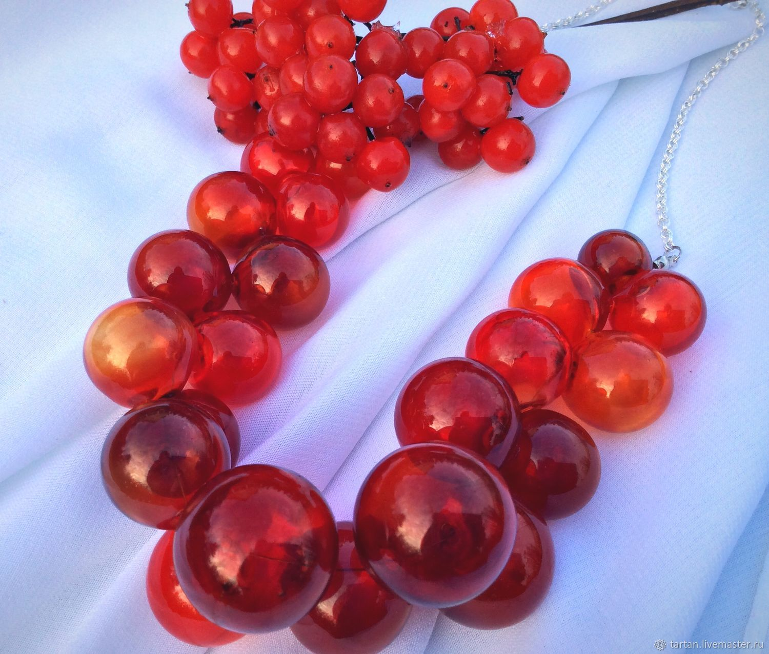 Necklace red glass blown Necklace karinakarina red glass Necklace buy Necklace red lampwork