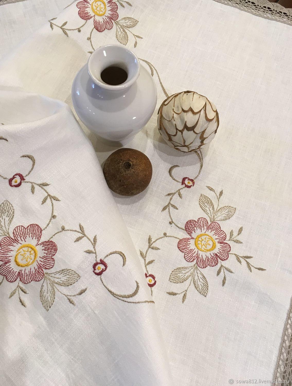 Льняные скатерти с кружевом и вышивкой 230