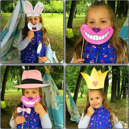 Набор фото атрибутов `Алиса в стране чудес`.  Цена за электронный файл 340 рублей. Возможна продажа в готовом виде:набор будет стоить 1390 рублей.