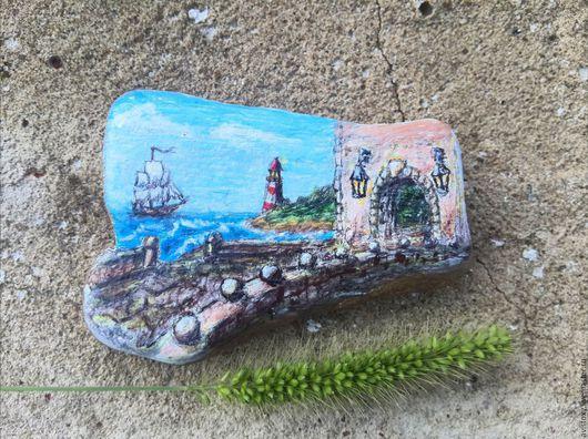 """Роспись по камню ручной работы. Ярмарка Мастеров - ручная работа. Купить Рисунок на камне """"Вид на маяк"""". Handmade. Комбинированный, камень"""