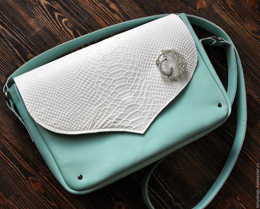 """Женские сумки ручной работы. Ярмарка Мастеров - ручная работа. Купить Мятная сумка кожаная """"Лебедь"""" натуральная кожа ручная работа. Handmade."""