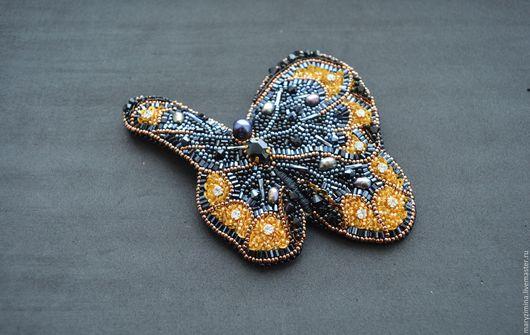 """Броши ручной работы. Ярмарка Мастеров - ручная работа. Купить Брошь """"Бабочка"""". Handmade. Брошь, бисер японский"""