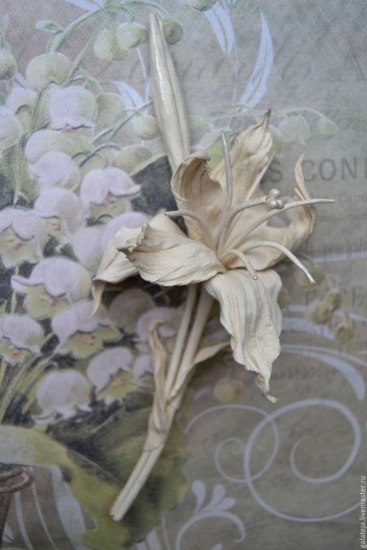 Броши ручной работы. Ярмарка Мастеров - ручная работа. Купить Скульптурные цветы из кожи Брошь Beige. Handmade. Бежевый