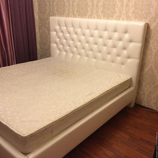 Мебель ручной работы. Ярмарка Мастеров - ручная работа. Купить Кровать. Handmade. Белый, кровать на заказ, интерьер, уют, экокожа