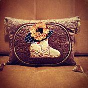 """Подушки ручной работы. Ярмарка Мастеров - ручная работа Дизайнерская подушка """"Дама в шляпе"""". Handmade."""
