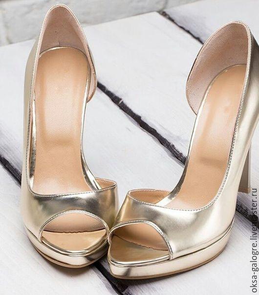 Обувь ручной работы. Ярмарка Мастеров - ручная работа. Купить Босоножки. Handmade. Золотой, босоножки из кожи, обувь модная